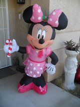 ==  Infatable Minnie Mouse  == in 29 Palms, California