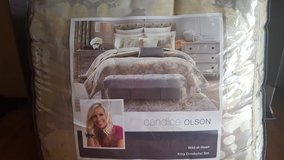 Candice Olson Comforter king size in Byron, Georgia
