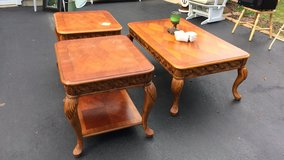 3pc solid wood Coffey and side table. in Joliet, Illinois