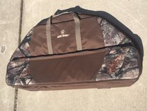 Game Winner, Soft Zip-Up Bow Case in Tacoma, Washington