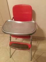 Vintage Red High Chair in Alamogordo, New Mexico