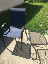 Outside chair and little coffe table in Glendale Heights, Illinois