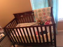 4 in 1 Crib with mattress - Excellent condition in Fort Campbell, Kentucky