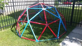Kids climbing dome/ jungle gym in Naperville, Illinois