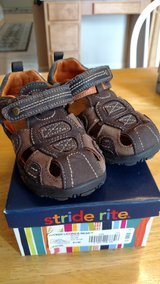 Toddler boy brown sandal size 9.5 wide in Chicago, Illinois