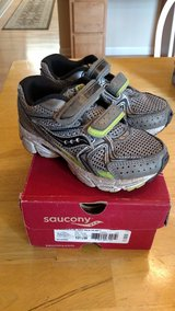 Toddler boy shoes size 10.5 wide in Chicago, Illinois