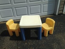 Little tikes table and chair set in Cleveland, Ohio
