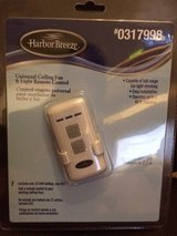 Harbor Breeze Universal Ceiling Fan & Light Remote Control + Receiver, includes 12 Volt Battery ... in St. Charles, Illinois
