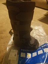 Short Air Cam Walker Fracture Boot , Medium in The Woodlands, Texas