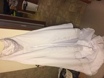 Reduced!!! 20w wedding dress in Fort Leonard Wood, Missouri