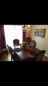 Cherry Inlaid Scrolling Dining Room Set (with 6 Chairs) in Lake Worth, Texas