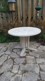 Outdoor Table in Naperville, Illinois