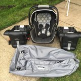 Britax B-safe car seat with two bases and travel bag in Bolling AFB, DC
