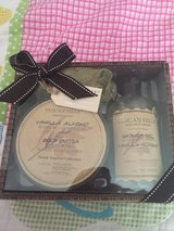 Tuscan Hills Gift Set in Camp Lejeune, North Carolina