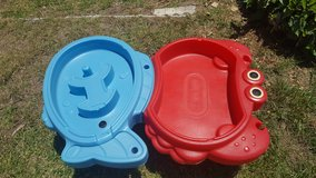 Little tikes sand and water table in Oceanside, California