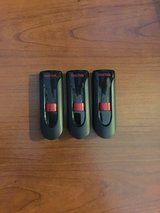 SanDisk Flash Drives in Fort Campbell, Kentucky