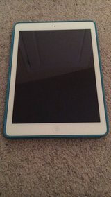 Ipad Air 64gb in Camp Lejeune, North Carolina