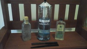 Vintage/Antique Barber/Beauty Shop Related Items in Glendale Heights, Illinois