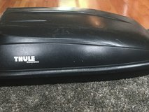 Thule excursion roof rack in Fort Campbell, Kentucky