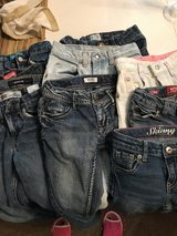 Size 7 girls jeans in Warner Robins, Georgia