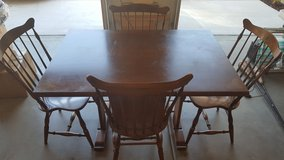 L. HITCHCOCK table and chairs in Travis AFB, California
