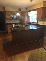 Kitchen cabinets & Granite counters in Glendale Heights, Illinois