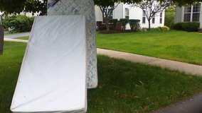 Curb Alert!  Twin Mattress and Boxspring in Naperville, Illinois