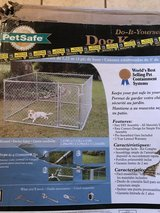 New PetSafe 7.5 ft. x 7.5 ft. x 4 ft. Boxed Kennel in Alamogordo, New Mexico