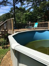 24 inch round pool and deck in Warner Robins, Georgia