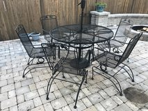 7 Piece Wrought Iron Patio Set in Glendale Heights, Illinois