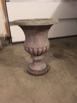 Garden Planter - Urn Style in Glendale Heights, Illinois