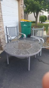 Firepit table 4 chairs in Aurora, Illinois