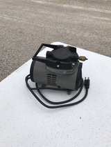 Air brush compressor in Ottawa, Illinois