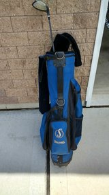 left hand driver and bag. in Morris, Illinois