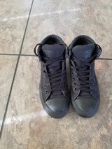 Converse All-star Mens Size 7! GREAT CONDITION in Fort Campbell, Kentucky