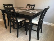 Dining Table in Lawton, Oklahoma