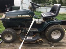 Riding mower . Can deliver in Fort Knox, Kentucky