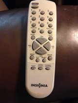 INSIGNIA 07640KL020 TV REMOTE CONTROL (RC-KL020) in Joliet, Illinois