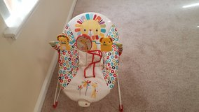 Baby Carrier/Seat in Hampton, Virginia