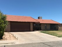 3 BEDROOM 1 3/4 BATH IN COTTONWOOD HEIGHTS in Alamogordo, New Mexico