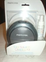 memorex cd/dvd cleaning kit in Aurora, Illinois