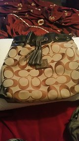 Bag Coach in Clarksville, Tennessee