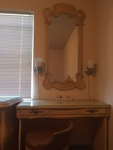 Vintage Dressing Table, Mirror and Stool in Glendale Heights, Illinois
