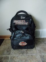 H-D Backpack/ rolling luggage in Sandwich, Illinois