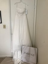 David's Bridal unaltered wedding dress-plus free gown preservation kit and cap sleeve topper! in Cherry Point, North Carolina