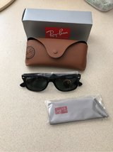 new Ray Ban classic wayfarer sunglasses in Glendale Heights, Illinois