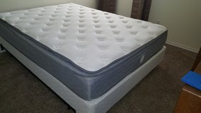 New queen pillow top mattress and box spring in Lawton, Oklahoma