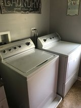 Washer and dryer in Batavia, Illinois