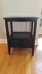 Pier 1 Black End Table in Clarksville, Tennessee