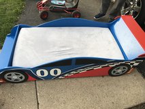 Race car toddler bed in Batavia, Illinois